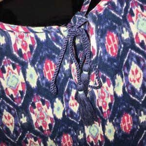 Hollister Tops - Pretty Hollister crop top SZ: S